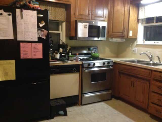 farmhouse-kitchen-before-2