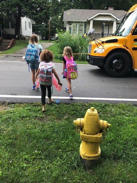 Mae1stgradeschoolbus