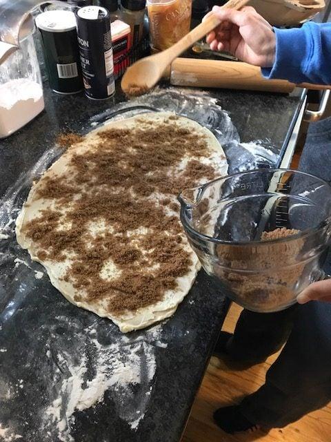 cinnamon-roll-filling