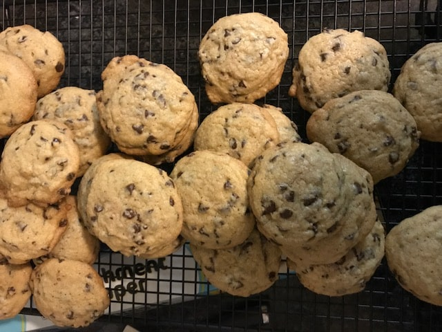 favorite-chocolate-chip-cookies