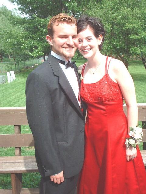 danielle-mike-prom-cancer-survivor
