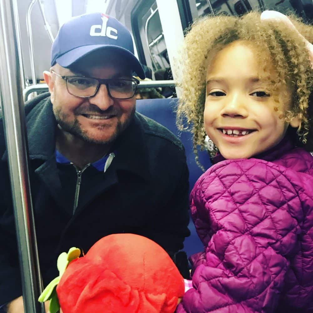 mikey-mae-dc-subway-ride