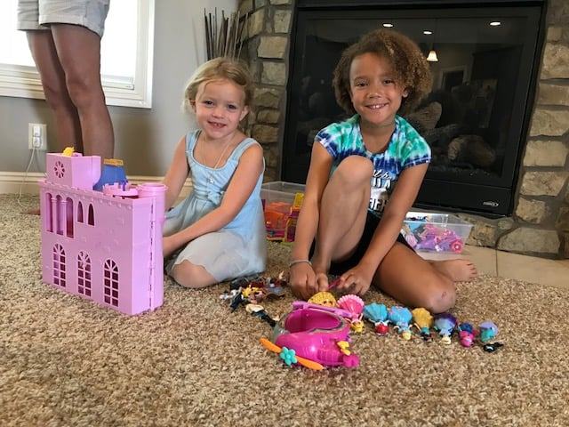 mae-playing-princess-toys-nebraska
