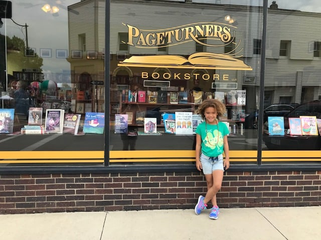 pageturners-downtown-indianola-bookstore