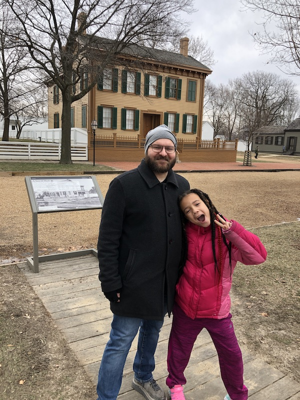 mikey-mae-lincoln-house-springfield-2020
