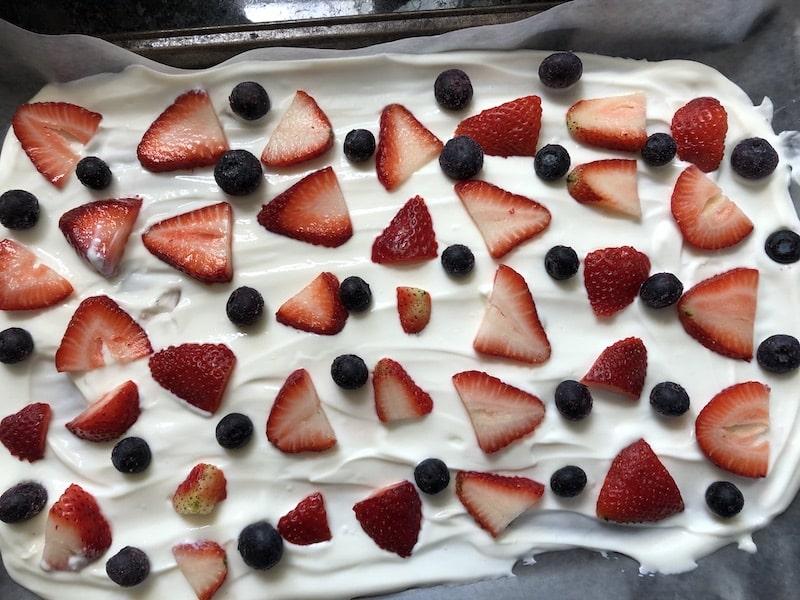 17-day-diet-yogurt-bark